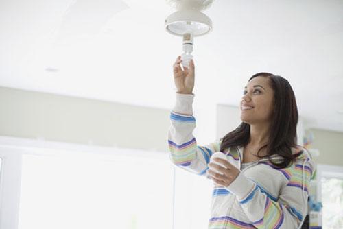ampoules lumi re du jour la lumi re du soleil dans votre. Black Bedroom Furniture Sets. Home Design Ideas